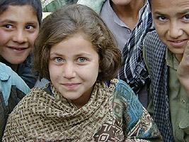 Afghanistan, Nahrin, l'urgence de l'école